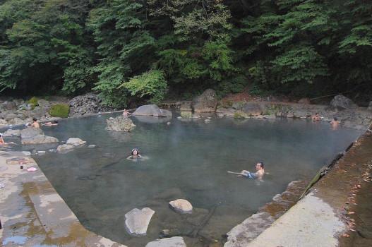 尻焼温泉 川原湯(混浴露天風呂)